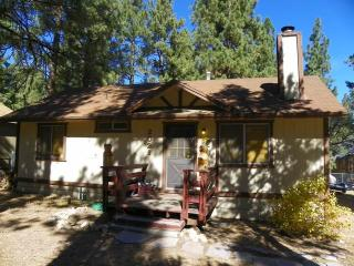 Cedar Lane - Big Bear City vacation rentals