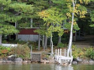 Charming Lakefront Vacation Rental Cottage (TIM86Wf) - Lake Winnipesaukee vacation rentals