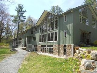 Stunning Waterfront Vacation Rental on Lake Webster Sleeps 20! (CUR230W) - Franklin vacation rentals