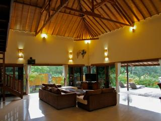 Beachfront, luxury 2 or 3 bedroom Villa - West Nusa Tenggara vacation rentals