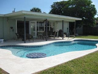 Gorgeous Canal Property in Upscale Merritt Island's Milford Point.  Come! - Schinias,marathon vacation rentals