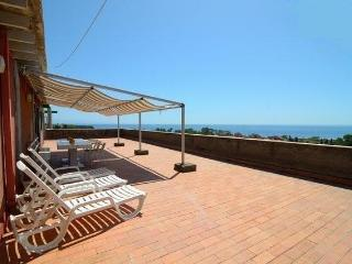 Seafront apartment with a great view in residence! - Giardini Naxos vacation rentals