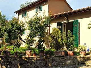 CICIANO COTTAGE: a Tuscan dream come true - Cortona vacation rentals