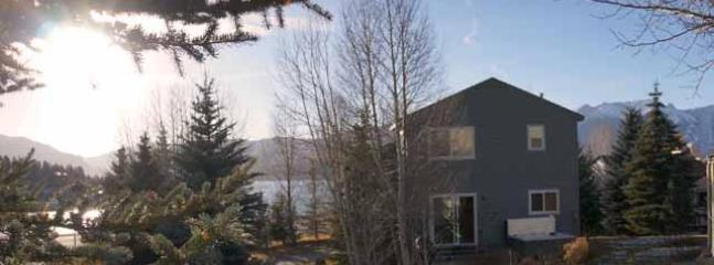 DILLON Lakefront Home - PRIVATE HOME with Hot Tub & Clubhouse w/ Pool! - Dillon - rentals