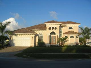 Marco Memories - Waterfront Luxury 4br 4bth - Florida South Gulf Coast vacation rentals