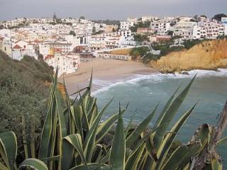 Carvoeiro,two bed apart. in center at Colina Verde. - Carvoeiro vacation rentals