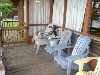 Child Friendly 3 Bedroom on Lower Buckhorn Lake - Buckhorn vacation rentals