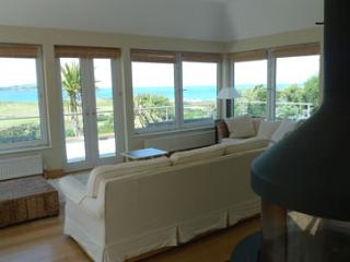 Five Star Pet Friendly Holiday Home - Abernyfer, Newport Sands - Newport Sands vacation rentals