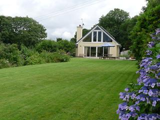 Pet Friendly Holiday Cottage - Pearl Rock, Wisemans Bridge - Pembrokeshire vacation rentals