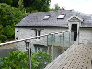 Pet Friendly Holiday Cottage - Grove Barn, Llansteffan - Llansteffan vacation rentals