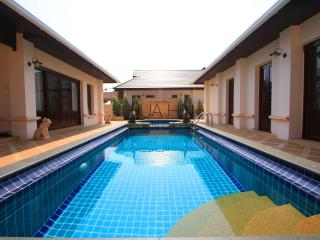 LUXURIOUS POOL VILLA - Hua Hin vacation rentals