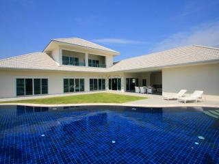 Elegant Pool Villa - Hua Hin vacation rentals