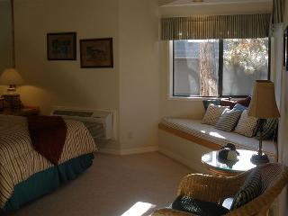 One bedroom suite steps from the Old Mill - Don't book a hotel book me! - Bend vacation rentals