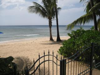 Schooner Bay 108 - Luxury 1 bed beachfront villa. - Saint Peter vacation rentals