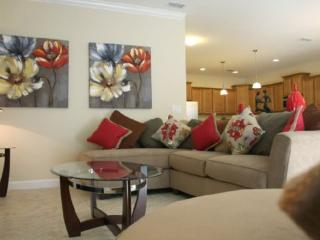 PP6P8876CPR 6 Bedroom Home With Fabulous Layout - Davenport vacation rentals