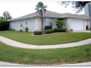 Beautiful 3 Bed Child Friendly Pool, On Sunset Lakes (AV2900SL) - Kissimmee vacation rentals