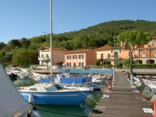 Beautiful ap.tment between CinqueTerre and Tuscany - Liguria vacation rentals