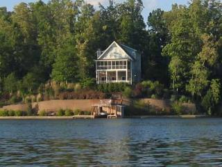 Blue Ridge Mountain View Lakefront Home Oconee SC - South Carolina Upcountry vacation rentals