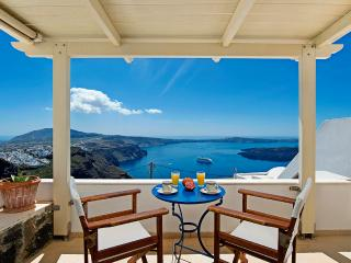 Heaven – Junior Suite with amazing view - Santorini vacation rentals