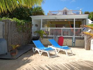 Face A La Mer at Grand Cul de Sac, St. Barth - On The Beach, Perfect for Families or Couples - Terres Basses vacation rentals