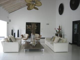 Spectacular Villa A Few Steps From Minitas Beach. - La Romana vacation rentals