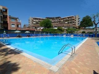Cozy seafront apartment with seaview in residence! - Giardini Naxos vacation rentals