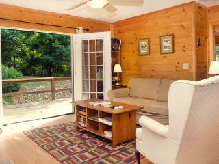 Lost River WV 2-br 2-ba cabin - West Virginia vacation rentals