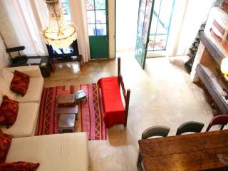 Old building, 2 BR, With Style - Buenos Aires vacation rentals