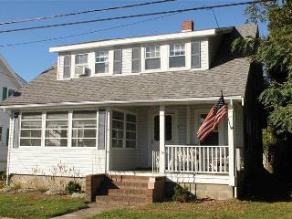 4 Montgomery Court - FLYON - Falmouth vacation rentals