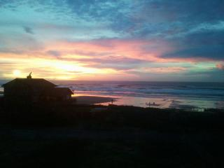 Beach House with ocean Views and Easy Beach Access - Oregon Coast vacation rentals