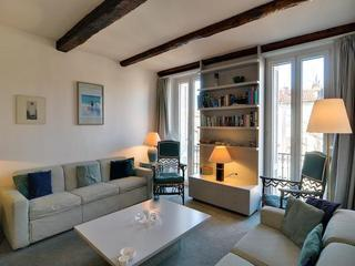 Light and airy Old Town Antibes apartment - Antibes vacation rentals