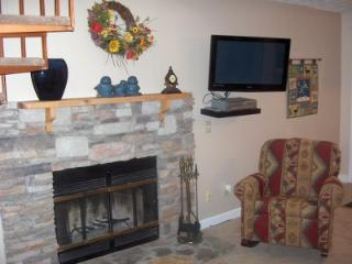 Condo w/ Loft B303 - Gatlinburg vacation rentals
