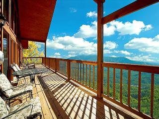 Amazing Mountain Views - 3 Bedroom Cabin - Gatlinburg vacation rentals