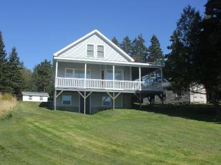 Sam's Cottage-Clean, In-Town Home with Grand Views - Stonington vacation rentals