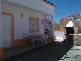 House in Manta Rota with terrace&barbecue - Vila Real de Santo Antonio vacation rentals