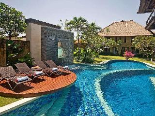 Spectacular 5 bedroom Villa Asta in Batubelig - Bali vacation rentals