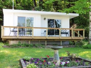 Quaint Studio Cottage on Crystal Lake - Northwest Michigan vacation rentals