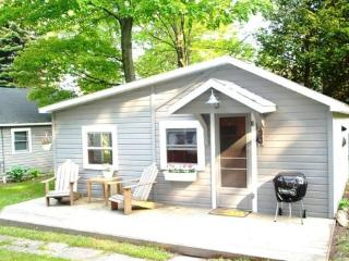 Adorable Cottage on Big Platte Lake - Northwest Michigan vacation rentals
