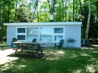 First Mate - Frankfort vacation rentals