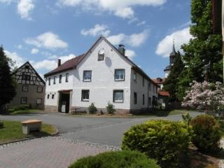 Vacation Apartment in Uhlstaedt-Kirchhasel - 700 sqft, quiet, sunny, comfortable (# 3558) - Uhlstadt - Kirchhasel vacation rentals