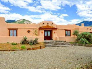 Casa Colibri - Taos Area vacation rentals
