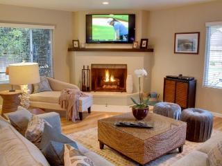 Newly Remodeled, 5 Minute Walk To Ocean & Golf - Pacific Grove vacation rentals