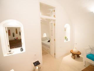 Oia Anemi House Traditional Cave House - Oia vacation rentals