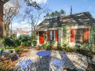 Drifting - a Signature Busy Bee Cottage - Savannah vacation rentals