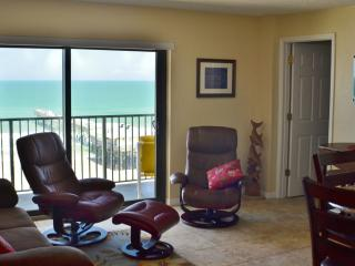 Sunglow Resort 702, 2 Bed/2 Bath Direct Oceanfront - Daytona Beach Shores vacation rentals