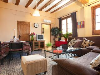 Born Montcada 3 - Unique in every way & hosts 12! - Barcelona vacation rentals
