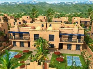 MODERN MOROCCAN VILLA WITH POOL IN GATED COMPLEX - Marrakech vacation rentals