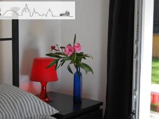 Casa Baba - Family-Run. Garden. WiFi. Vaticano. - Rome vacation rentals