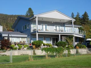 SPECTACULAR LAKE VIEW GABLE BEACH VACATION SUITES - Lake Country vacation rentals