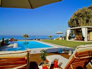 Villa Diamond - Superb villa located on the Sea! - Hersonissos vacation rentals